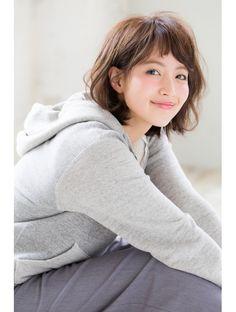 ジョエミバイアンアミ(joemi by Un ami)【joemi新宿】大人のくせ毛風無造作ウェーブボブ×ベビーバング