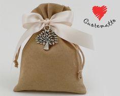 Per la #Cresima e la #Comunione scegli il sacchetto #Cuoregaio di #Cuorematto. http://bit.ly/1DQDMUi