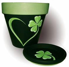 Shamrock Flower Pot Original Hand Painted by DesignsByDesa on Etsy Flower Pot Art, Flower Pot Design, Clay Flower Pots, Terracotta Flower Pots, Flower Pot Crafts, Clay Pots, Clay Pot Projects, Clay Pot Crafts, Painted Plant Pots
