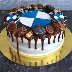 Picture could contain: dessert and food - BMW❤❤CARS - Fondant Flower Cake, Fondant Rose, Fondant Cakes, Fondant Baby, Fondant Figures, Birthday Cakes For Men, Bmw Torte, Bmw M5, Bmw Cake