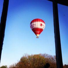 A Bath Balloons morning flight - by Sammy Wickins - www.jukeboxbath.co.uk/bath-balloons ... #ballooning #hotairballooning #bathengland #england Sky Day, Hot Air Balloon, Balloons, England, Bath, Life, Globes, Bathing, Hot Air Balloons