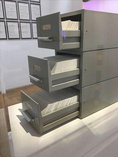 Stanley Brouwn (1935 - 2017)  Trois pas = 2587 mm 1973 Conceptual Art, Centre, Studio, Studios, Concept Art