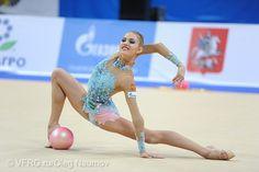 Elizaveta NAZARENKOVA (UZB) Ball