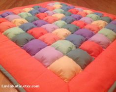Bubble Quilt Puff Quilt Biscuit Quilt for Baby Floor by LuvinKatie Puff Blanket, Bubble Blanket, Bubble Quilt, Biscuit Quilt, Puffy Quilt, Tissu Minky, Baby Puffs, Coral Fabric, Cotton Fabric