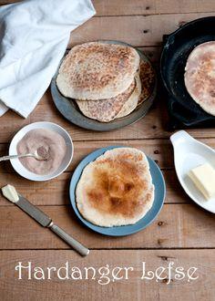 Cafe Johnsonia: Norwegian Hardanger Lefse Recipe for Christmas