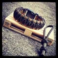 #hobby #handcrafted #handmade #survival #survivor #manbracelet #paracordbracelet #edc #paracordmaze #everydaycarry #rockclimbing #climber #military #irishmade #ireland #craft #survivalkit #outdoors #camping #airsoft #airsoftinternational #airsoftire #wristcandy #wristwear #manbracelet
