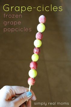 Grape-cicles! Frozen grape popcicles are the perfect healty treat for a hot summer day!.
