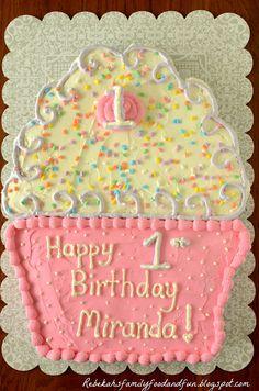 Family, Food, and Fun: Cupcake Pull-Apart Cake