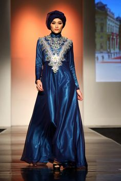 "Malik Moestaram ""Intersecdward"", Jakarta Islamic Fashion Week 2013"