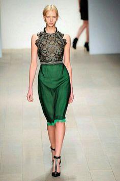 DAY 77- Fashion Inspiration Emerald green