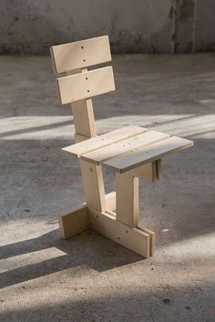 Exercises in Seating by Max Lamb Used Outdoor Furniture, Tire Furniture, Wood Pallet Furniture, Funky Furniture, Furniture Design, Diy Stool, Diy Chair, Woodworking Furniture Plans, Woodworking Projects Diy