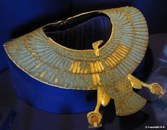 *EGYPT~Necklace with falcon pendant ~ Ancient Egypt ~ Located in the Egyptian Museum ~ Cairo Cairo Museum, Egypt Museum, Ancient Egyptian Jewelry, Ancient Egypt Fashion, Rome Antique, Image Beautiful, Art Ancien, Cairo Egypt, Ancient Civilizations