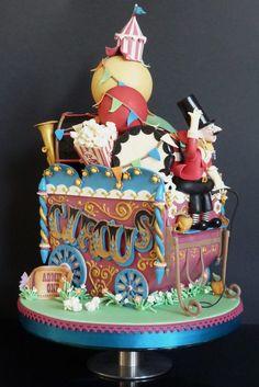 Circus wagon cake, perfect for a carnival wedding