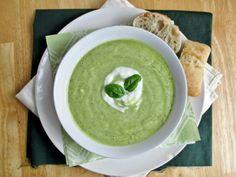 DIY Easy Homemade Gazpacho Recipes | Chilled Zucchini Avocado Soup by Homemade Recipes at http://homemaderecipes.com/healthy/21-easy-homemade-gazpacho-recipe
