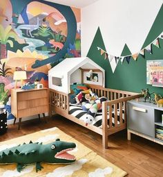 Dekoration im Kinderzimmer mit Lorenacanalsrugs room kid room decor kid room ideas room room room ceiling room design room themes decor Kids Wall Decor, Nursery Wall Decor, Baby Room Decor, Nursery Ideas, Wall Murals For Kids, Bedroom Ideas, Nursery Office, Bedroom Wall, Toddler Rooms