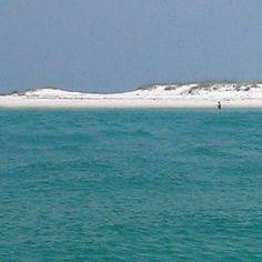 Pensacola Beach Paradise ♥ just look at that white sand!