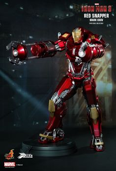 Hot Toys : Iron Man 3 - Power Pose Red Snapper 1/6th scale Collectible Figurine