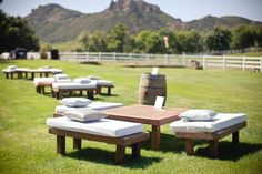 Great seating for an outdoor wedding or party!