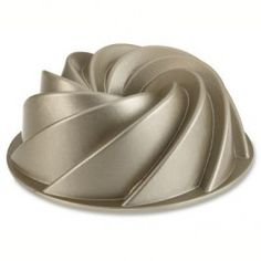 Nordic Ware Heritage Bundt Tin - Bakeware | Kitchens - Cookware specialists for over 40 years
