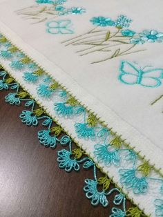 Needle lace kitchen towel Source by nazerbas Crochet Unique, Chicken Scratch, Point Lace, Needle Lace, Moda Emo, Bargello, Filet Crochet, Kitchen Towels, Tatting