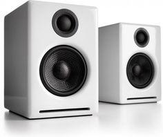 love my studio monitor speakers