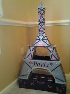 Eiffel Tower Valentine box Cool Valentine Boxes, Kinder Valentines, Valentines For Boys, Valentines Day Party, Valentine Day Crafts, Valentinstag Party, Paris Crafts, Craft Projects For Kids, Diy For Girls