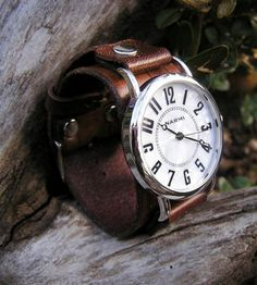 Brown Leather Wrist Watch.