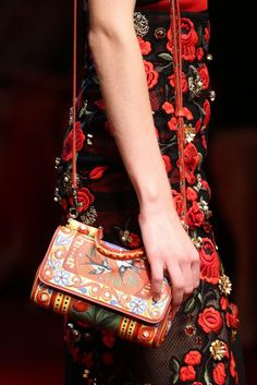 Dolce & Gabbana Spring 2015 Ready-to-Wear - Details - Gallery - Look 79 - Style.com
