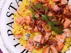Receta | Pasta fresca con salmón y queso azul - canalcocina.es