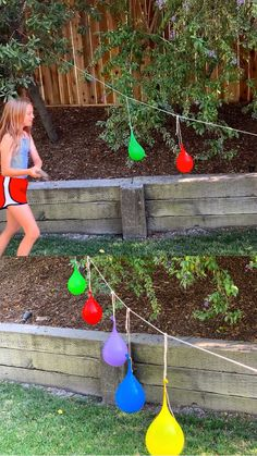 Find out how to make water balloon piñatas for a fun outdoor summer water activity for the kids! #hellowonderful