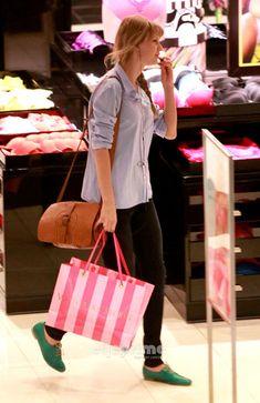 #TaylorSwift #VSLove #Fashion #Style