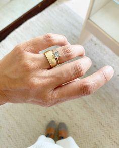 Engagement Wedding Ring Sets, Engagement Ring Settings, Diamond Engagement Rings, Wedding Bands, Diamond Rings, Dainty Jewelry, Cute Jewelry, Jewelry Accessories, Jewelry Design