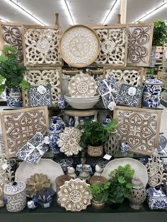 Hobby lobby merchandising table displays work - VM Home Store - Schöne Hobby-Typen Hobby Lobby Decor, Industrial Farmhouse, Painting On Wood, Home Goods, Sweet Home, Blue And White, Living Room, Decorations, Store Displays