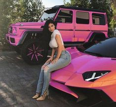 Kylie Jenner - Autos - - - Most Comfortable Luxury Cars of 2020 Kylie Jenner Auto, Kris Jenner, Kendall Jenner, Carros Lamborghini, Lamborghini Cars, Lamborghini Gallardo, Fancy Cars, Cute Cars, All Cars
