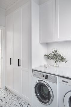 Laundry Room Design, Home Room Design, Dream Home Design, Bathroom Interior Design, House Design, Hamptons Style Homes, Modern Laundry Rooms, Laundry Room Inspiration, Room Closet