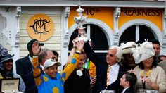Jockey Victor Espinoza and trainer Bob Baffert celebrate in the winner's circle after American Pharoah won the running of the Preakness Stakes at Pimlico Race Course on Saturday, May in Baltimore, Maryland. Bob Baffert, The Belmont Stakes, Preakness Stakes, Triple Crown Winners, American Pharoah, Equestrian Outfits, Horse Racing, Horses, Baltimore Maryland