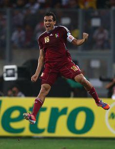 Juan Arango fue el Jugador Más Popular del Mundo por la IFFHS en el 2012!