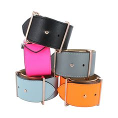 A chic and stylish, wide leather bracelet that can be dressed up or down, dependant on the outfit and event.