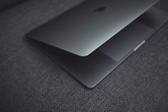 2016 MacBook Pro with TouchBar Review - UltraLinx