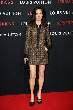 Who made Jennifer Connelly's black pumps and brown dress? Jennifer Connelly, Jennifer Hudson, Fashion Advice, Fashion News, Sparkly Shorts, Louis Vuitton, Brown Dress, Celebs, Celebrities