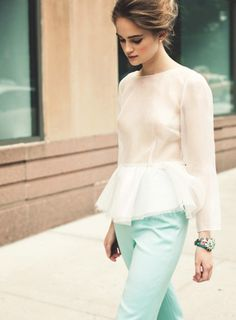 [inspiration] add stash of fabric to any old tee/crop top to make peplum top.