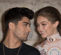 Zayn Malik revealed that he wanted to love Gigi Hadid for the rest of his life and still keeps a tattoo of her eyes despite their split. It's been a month since Zayn Malik and Gigi Hadid . Cabelo Zayn Malik, Zayn Malik Hairstyle, Gigi Hadid Eyes, Gigi Hadid And Zayn Malik, John Stamos, Sports Illustrated, One Direction, Gq, Zayn Malik Tattoos