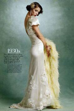 fashion in retro 30s style
