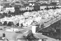 Imágenes de Chile del 1900: Valparaíso Parte 3 Ecuador, Times Square, Street View, Black And White, Travel, Outdoor, Ferrari, Random, Hobbies