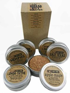 The PIT MASTER Barbecue Gift Set  Six Large BBQ Rubs by GustoSpice