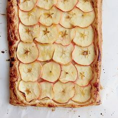 This easy puff pastry apple crostata gets flavor from fresh ginger and apricot preserves. Get the recipe at Food & Wine. Best Apple Desserts, Best Apple Recipes, Apple Dessert Recipes, Fun Desserts, Fall Recipes, Wine Recipes, Snack Recipes, Cooking Recipes, Favorite Recipes