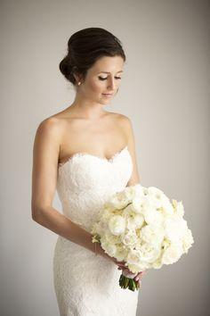 Photography: http://catherinehallstudios.com   Wedding dress: http://moniquelhuillier.com   Read More: https://www.stylemepretty.com/vault/image/6700439