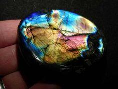 Labradorite Minerals
