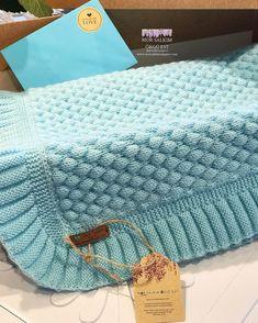 Crochet blanket: 60 step-by-step ideas and DIY videos Crochet blanket: 60 step-by-step ideas and DIY videos , Colcha de crochê: 60 ideias e vídeos passo a passo para você fazer a sua , crochê Source by ca. Baby Knitting Patterns, Free Baby Blanket Patterns, Easy Baby Blanket, Knitting Stitches, Knitted Baby Blankets, Baby Blanket Crochet, Crochet Baby, Crochet Quilt, Diy Crafts Knitting