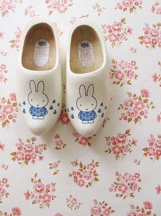 miffy clogs - OMG too cute! Little People, Little Ones, Little Girls, Fashion Kids, Kids Mode, Royal Dutch, Dottie Angel, Miffy, Avicii
